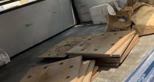 Giao bản mã chân cột cắt CNC, Bản mã chân cột cắt CNC, Tấm sắt hình vuông có CNC, Bản mã, Công ty Thiên Nam Art, bản mã chân cột cắt CNC, cơ khí Sao Việt